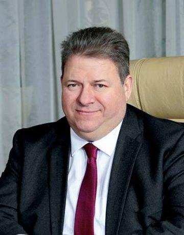 Платонов Олег Ісаакович